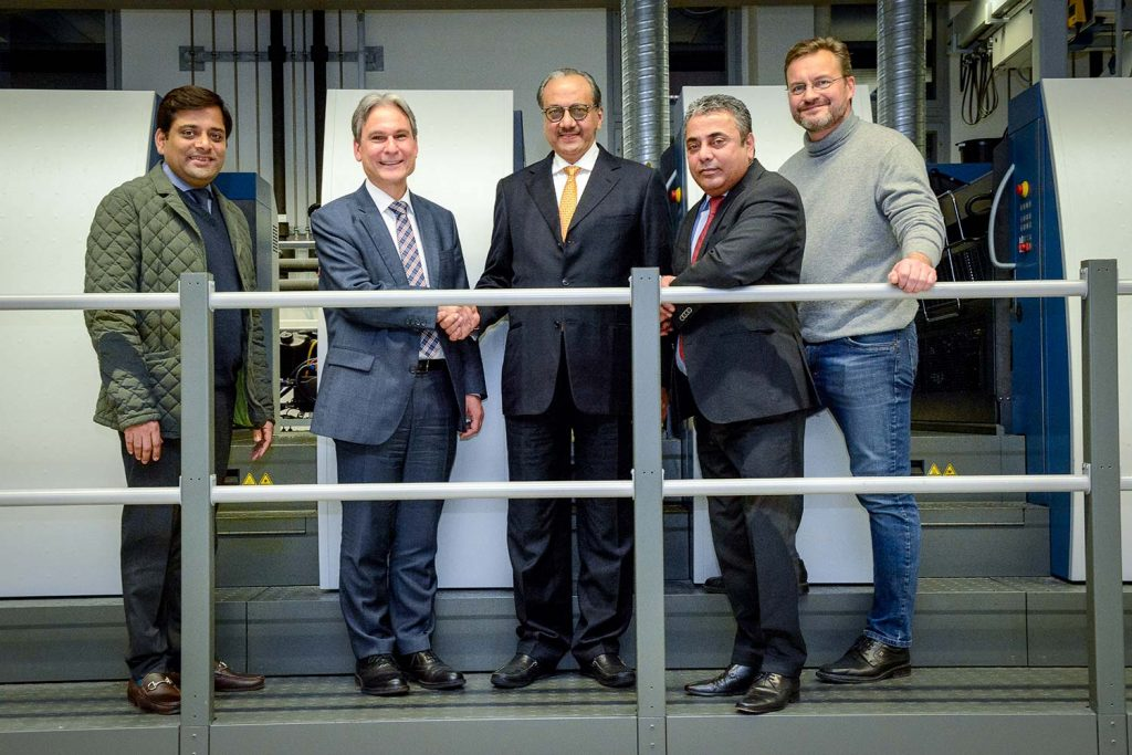 Celebrazione contratto fra Koenig & Bauer e Parksons Packaging