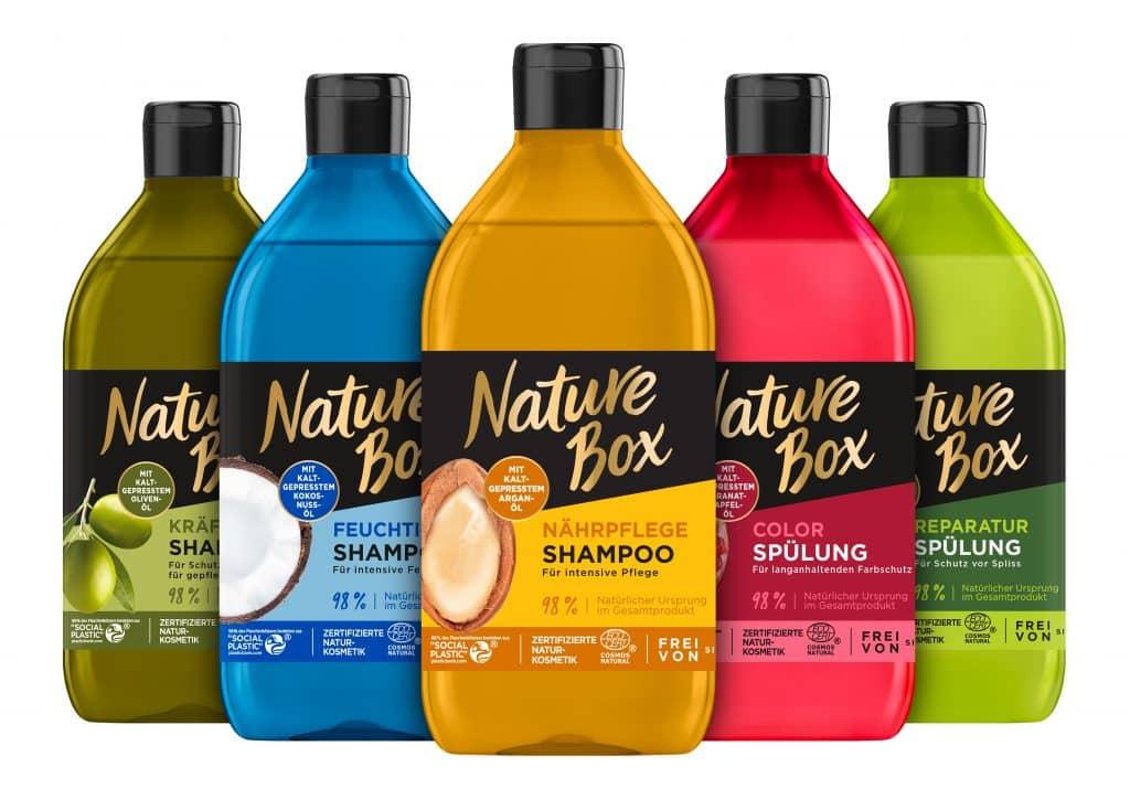 Bottiglie Nature Box prodotte con il 98% di plastica riciclata Social Plastic