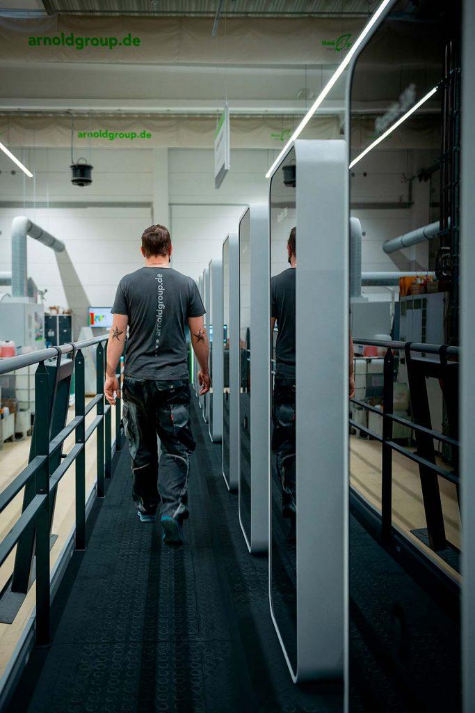 Gli stampatori sono motivati dalla possibilità di lavorare con la più recente tecnologia di stampa altamente automatizzata