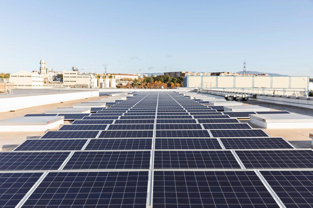 Impianto fotovoltaico dello stabilimento Henkel Montornes, Spain, Adhesive, Production, Aerospace