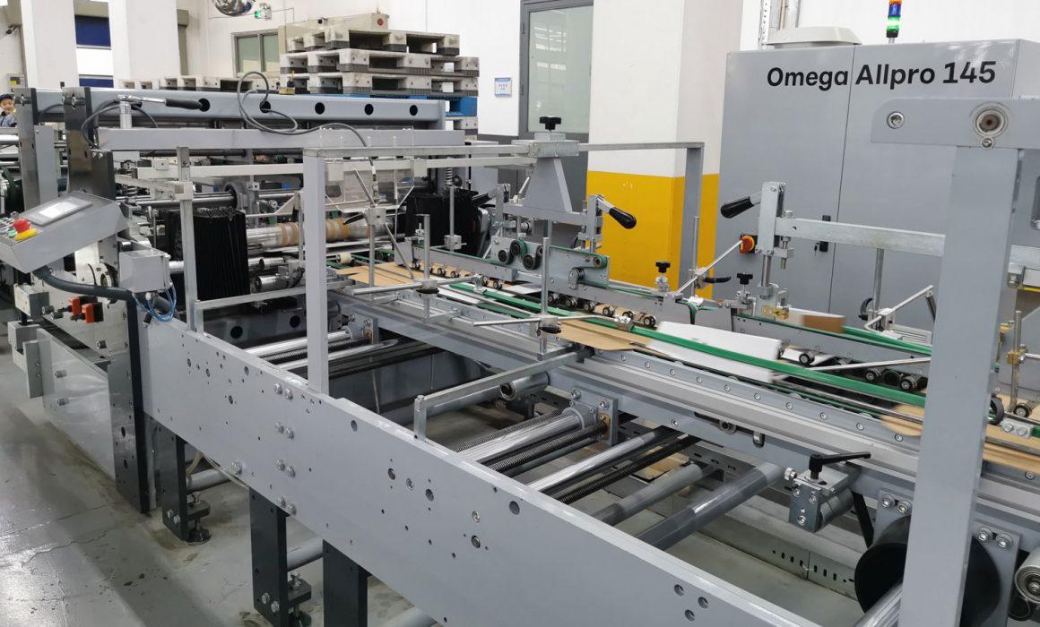 Con l'Omega Allpro 145, la capacità di produzione di scatole pieghevoli è migliorata di oltre il 300 percento